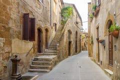 In de straten van Joods kwart in Pitigliano - Italië royalty-vrije stock afbeeldingen