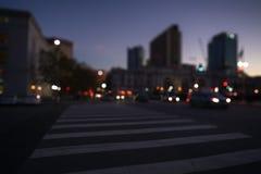 De straten van San Francisco met vage achtergrond bij nacht Stock Foto's