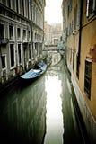 De straten van Venetië Stock Afbeeldingen