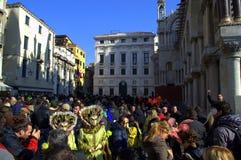 De straten van Venetië Carnaval Stock Foto's