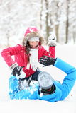 De strijd van de het paarsneeuwbal van de winter Royalty-vrije Stock Foto's