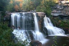 De stromen van de waterval zoals gesponnen suiker royalty-vrije stock afbeelding