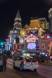 De strook in Las Vegas bij nacht stock fotografie