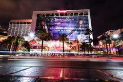 De Strook van Las Vegas en het Casino van het Flamingohotel bij nacht - Las Vegas, Nevada, de V.S. Royalty-vrije Stock Afbeelding