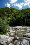 De stroom van de berg. Stock Fotografie