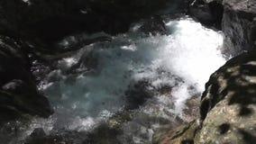 De stroom van het rivierwater stock footage