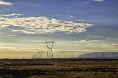 De stroomnet van IJsland dat bij zonsondergang wordt geschoten royalty-vrije stock afbeeldingen
