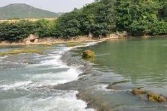 De stroomversnelling van de rivier Royalty-vrije Stock Afbeeldingen