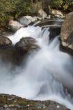 De stroomversnelling van de rivier - het Grote Rokerige Nationale Park van Bergen Stock Foto