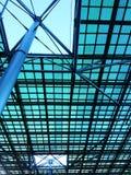 De structuur van het staalplafond, architectuurontwerp Stock Foto
