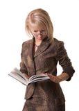 De student leest boek Stock Fotografie