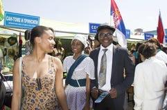 De studenten van Sao Tomé en van Principe stellen hun nationale kostuums en tradities voor Royalty-vrije Stock Afbeelding