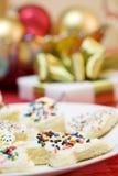De stukken van de cake met bestrooit Stock Afbeelding