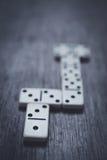 De stukken van het dominospel Stock Foto
