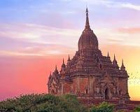 De Sulamani-Tempel in Bagan, Myanmar bij zonsondergang Stock Afbeeldingen