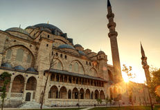 De Suleymaniye-Moskee bij zonsondergang in Istanboel, Turk Royalty-vrije Stock Afbeelding