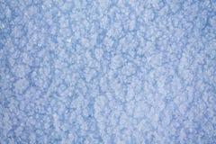 De superfície congelado coberto com a neve Fotografia de Stock