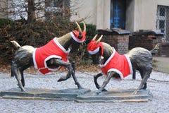De symbolen van de stad van Poznan met de Kerstmisdecoratie Stock Foto