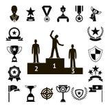 De Symbolen van de winsttoekenning en de Pictogrammen van het Trofeesilhouet Geplaatst Geïsoleerde Vectorillustratie Royalty-vrije Stock Afbeelding