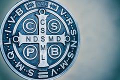 De symbolen van heilige Benedict medall Royalty-vrije Stock Afbeelding