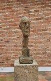 ` De Tête de ` d'Alberto Giacometti Sculpture grand à la base de Maeght, France photographie stock libre de droits