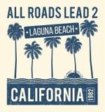 De t-shirt grafisch ontwerp van Californië met palmen T-shirtdruk, typografie, etiket, kenteken, embleem Royalty-vrije Stock Fotografie