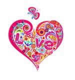 De t-shirtdruk met kleurrijke abstracte hartvorm met het symbool van de hippievrede, madeliefje, houdt van van letters voorzien e royalty-vrije illustratie