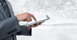 De tablet van de zakenmanholding met heldere fonkelende ster spangled achtergrond stock foto's