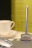 De tabletverticaal van de grafiek met koffie Royalty-vrije Stock Foto