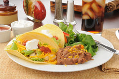 De taco's van de kip stock foto's