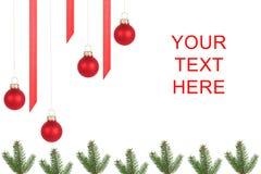 De takken van de spar, de ballen van de Kerstboom stock fotografie
