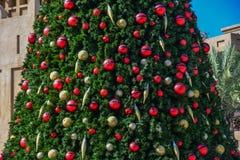 De takken van de kerstboom stock foto's