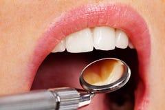De tandarts stock afbeeldingen