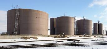 De tanks van de brandstofopslag Stock Foto's