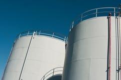 De Tanks van de witte Olie Stock Foto
