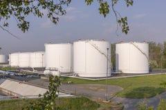 De Tanks van de witte Olie Royalty-vrije Stock Fotografie