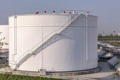 De Tanks van de witte Olie Stock Fotografie