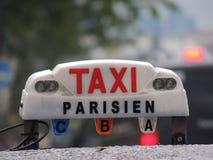 De taxi van Parijs Stock Foto