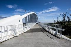 De Te Rewarewa-voetgangersbrug in Taranaki stock afbeeldingen