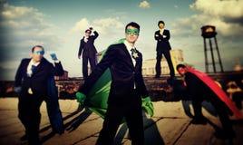 De Team Skyline Concept corporativo del super héroe hombres de negocios Foto de archivo libre de regalías