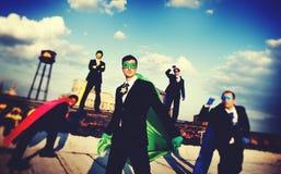 De Team Skyline Concept corporativo del super héroe hombres de negocios Fotos de archivo