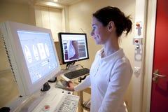 De technicus van de radiologie Royalty-vrije Stock Foto