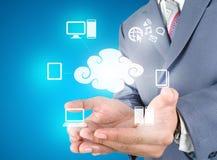 De technologie van de handholding van wolk gegevensverwerking royalty-vrije stock fotografie