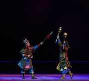 """ de teenager†de Pékin Opera""""Yue des combattre-enfants de contre-nuit de combat Images libres de droits"""