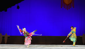 " de teenager†de Pékin Opera""Yue des contre-enfants de combat Photo libre de droits"
