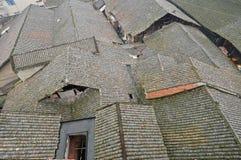 De tegel roofed huizen royalty-vrije stock afbeelding