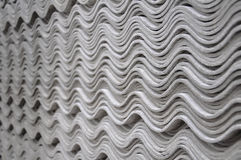 De tegels van het asbest - golfpatroon Stock Afbeelding