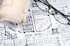 De Tekening en de Plannen van de architect stock foto's