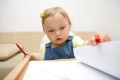 De tekening van de baby royalty-vrije stock afbeeldingen