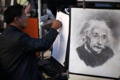 De tekening van de straatkunstenaar Stock Fotografie